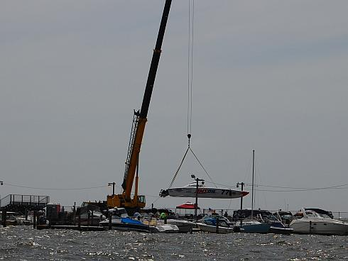 battle-on-the-bay-crane